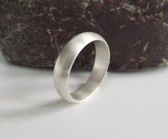 His & Hers Wedding Bands Curved