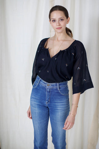 seville top in black
