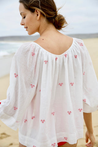 seville top in white + poppy