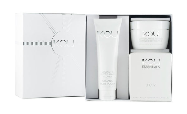 "IKOU WHITE FLANNEL FLOWER ""JOY"" GIFT BOX"