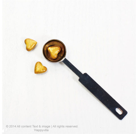 Gold Heart shape Wax button