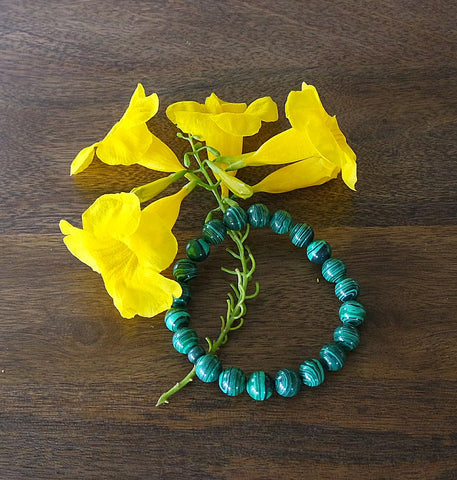 'Andean Meadows' Malachite and Ceramic Stretch Bracelet