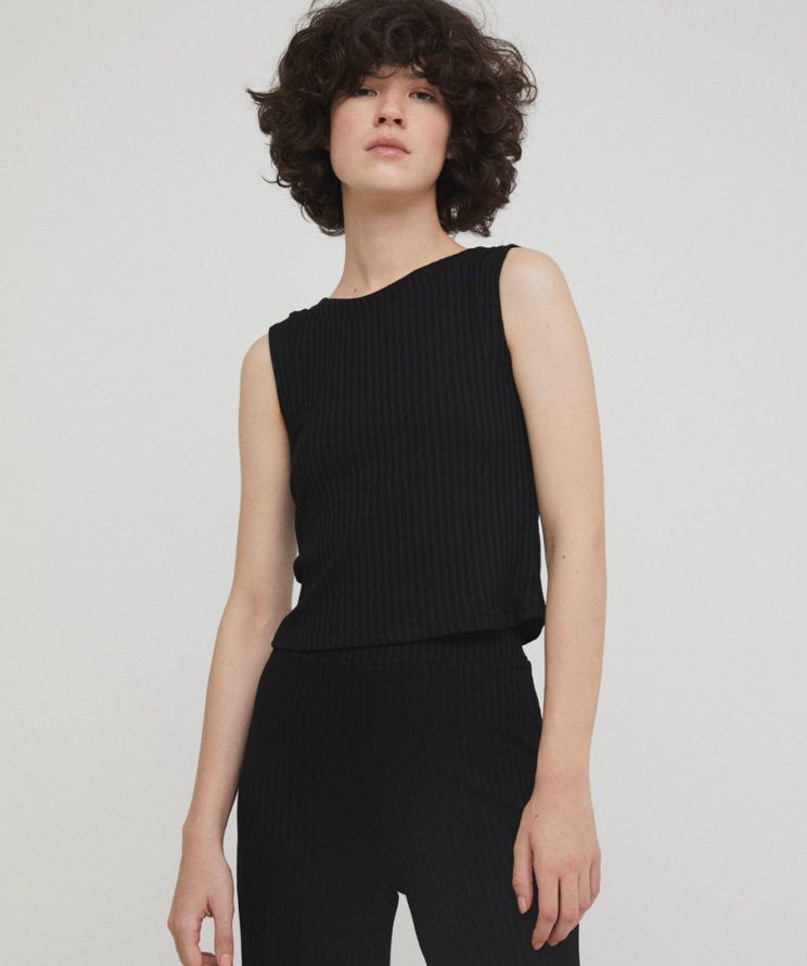 Rita Row Gineth black ribbed sleeveless top