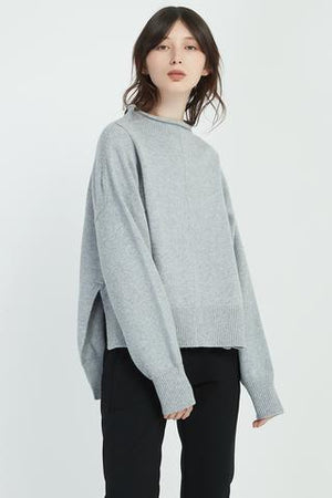 Relaxed High Neck Knit Grey