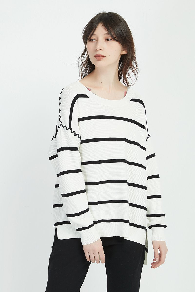 Thin Stripe Knit