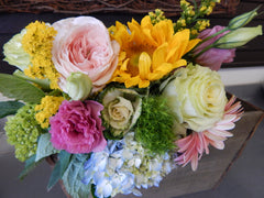 This is just one of many floral arrangements to choose from on the site!
