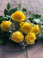 The Classic Yellow Rose Dozen