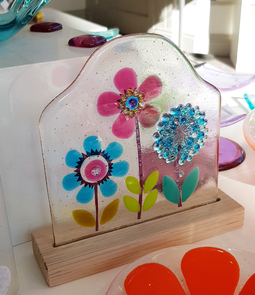 Glass Botanical Flowers On Oak by Blue Shed Design S163BSD34
