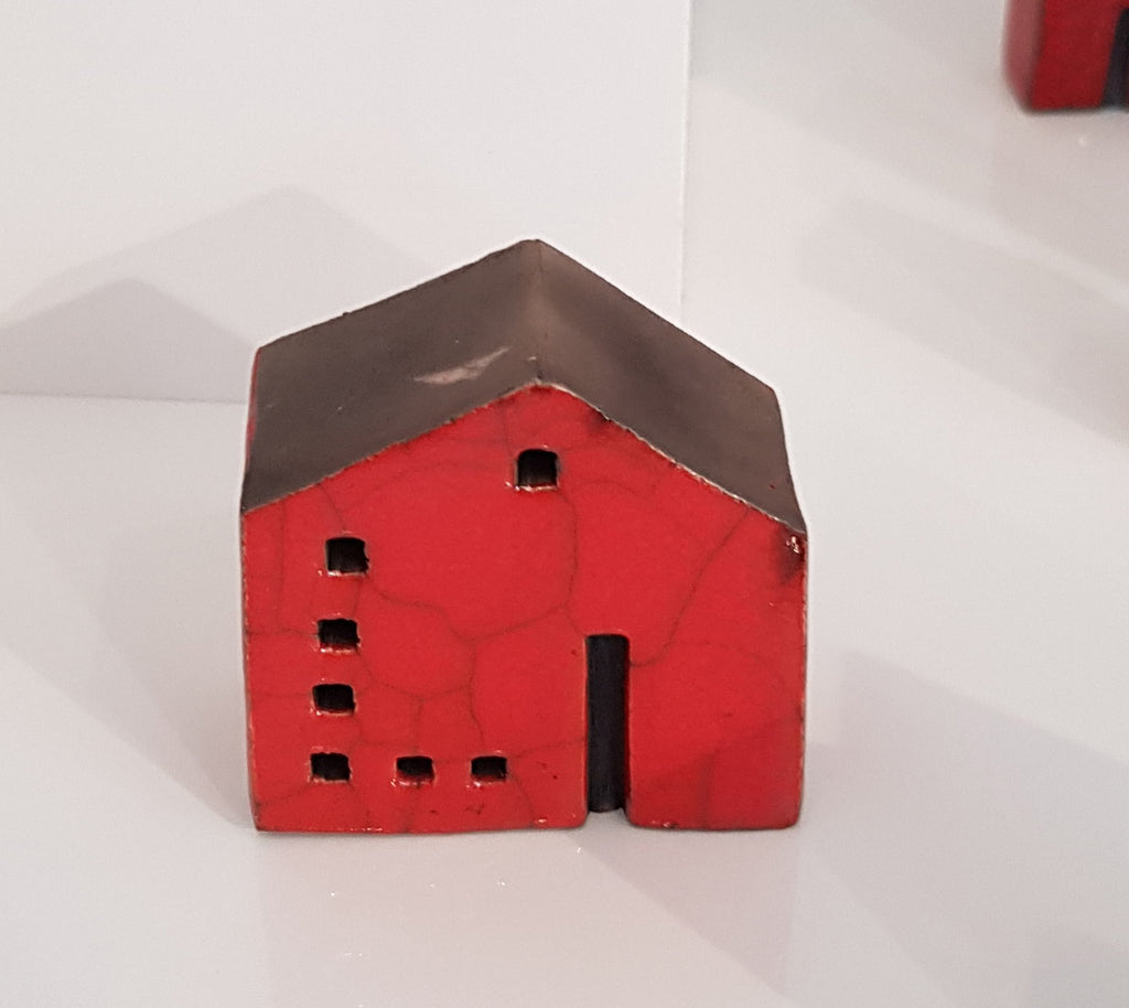 Raku Ceramic House by Andy Urwin S154AD10