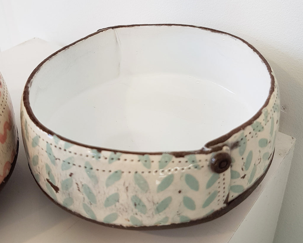 Small Shallow Dish By Sam Walker S149SW6