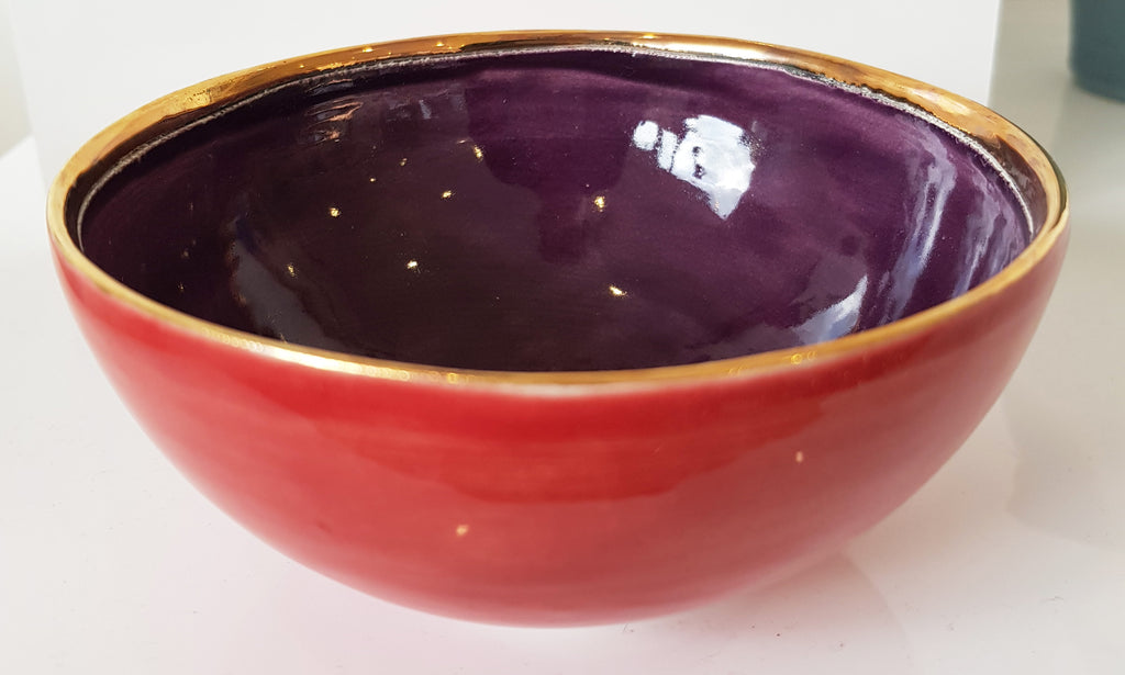 Handmade Ceramic bowl by Sophie Smith S38SS218