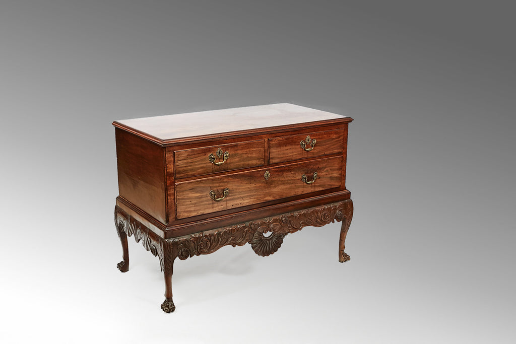 A Georgian Chest on Stand - CCT127