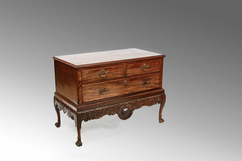 A Georgian Demi-Lune Commode - CCT128