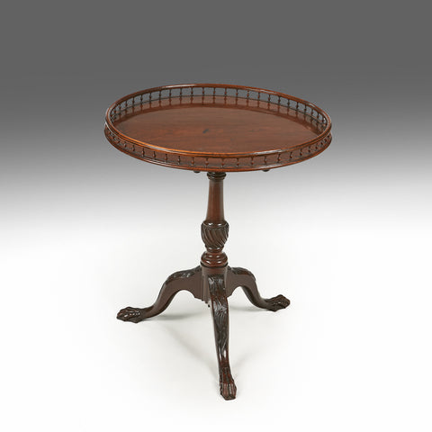 An 18th Century Tilt Top Table - TB255