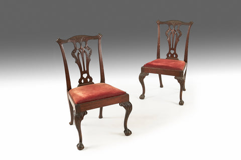 A Georgian Mahogany Linen Press - REST22