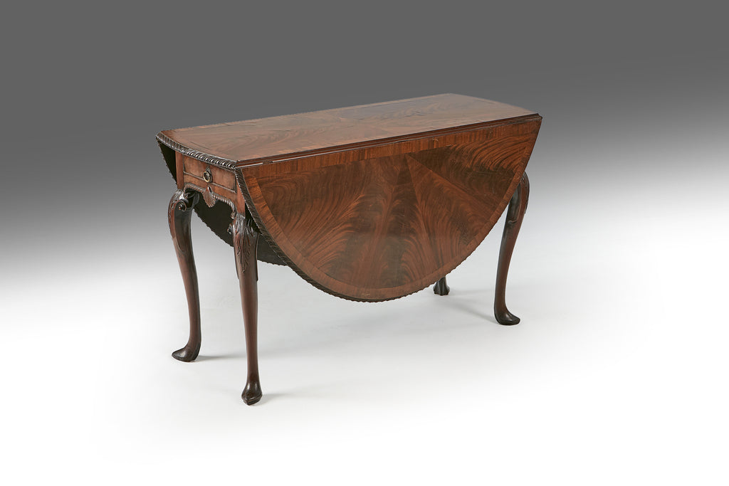 An 18th Century Drop Leaf Table - REST28