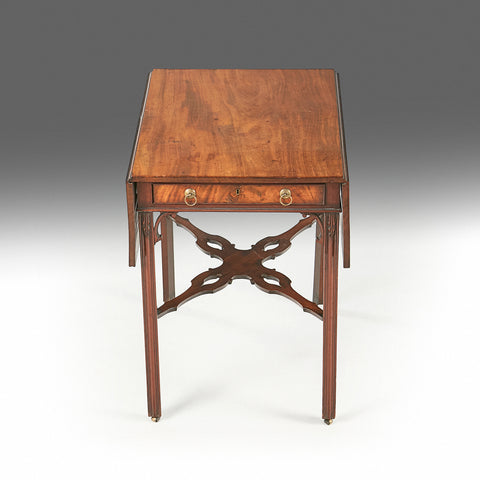 A Georgian Pembroke Table - REST30