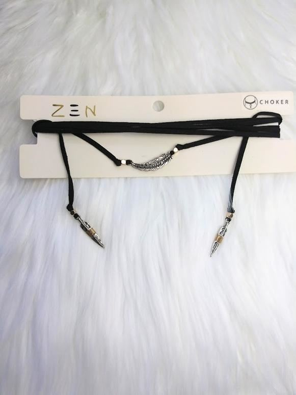 Feathers Suede Necklace Choker - Black