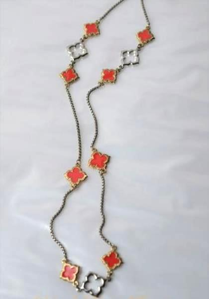 Small Clovers Necklace-Silver & Coral