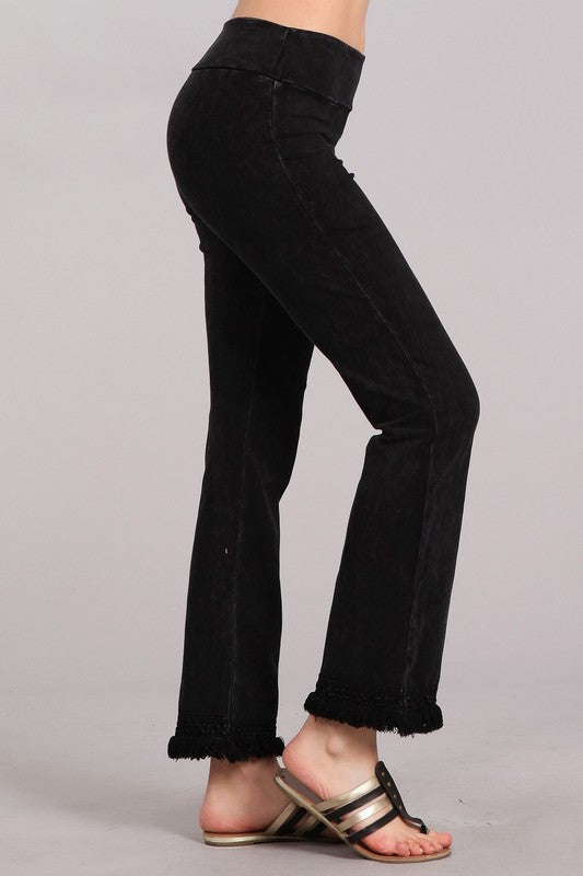 Chatoyant Ankle Fringe Hem Pants - Black