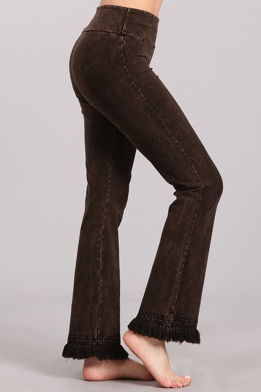 Chatoyant Ankle Fringe Hem Pants - Brown