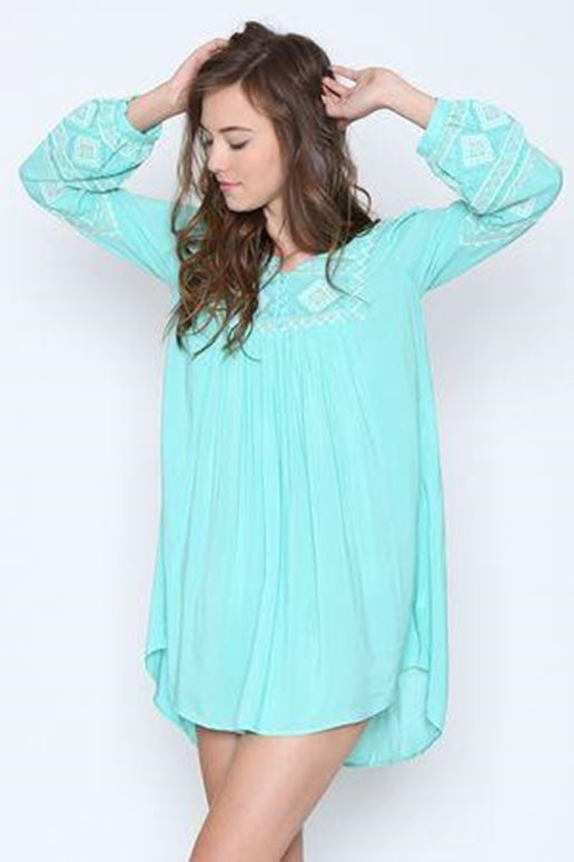 Monoreno Embroidered Tunic - Aqua