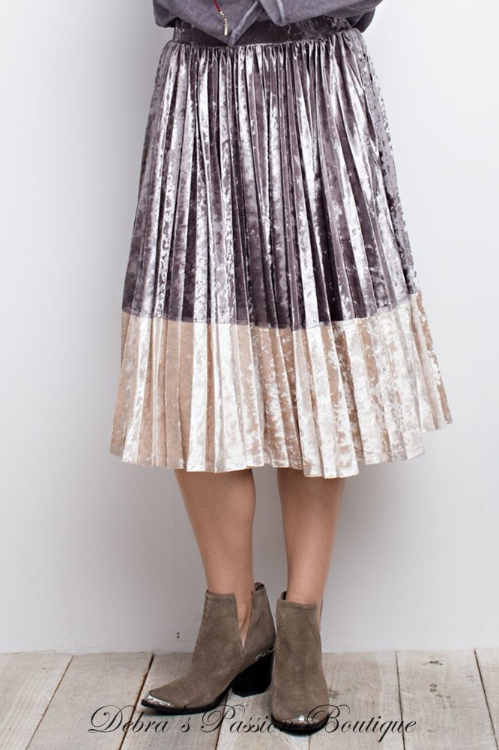 Easel Ice Velvet Pleated Midi Skirt - Mushroom