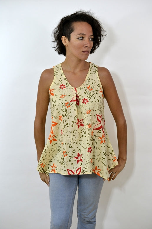 Yak & Yeti Floral Print Swing Top - Cream
