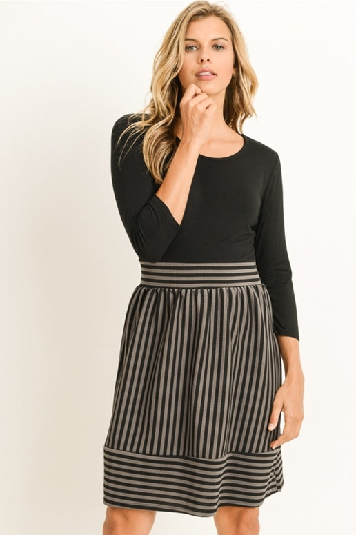 Gilli Black Gray Stripes Dress