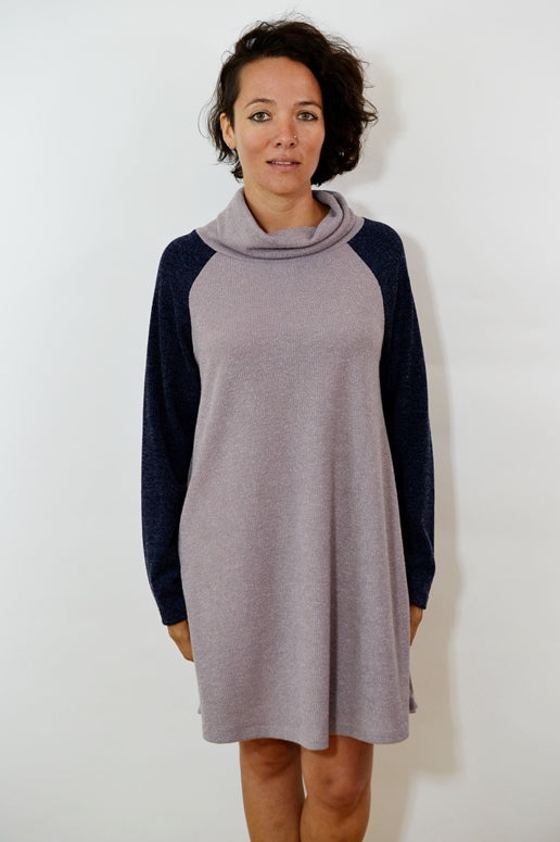 Cozy Pozy Raglan Sleeve Plush Shift Dress - Mauve Navy