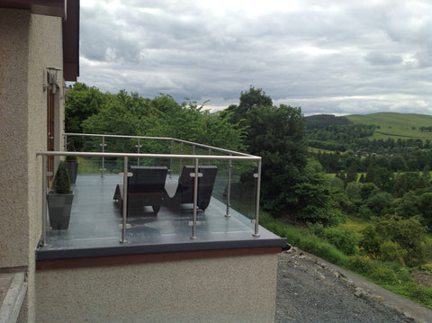 Why are glass balustrades popular?