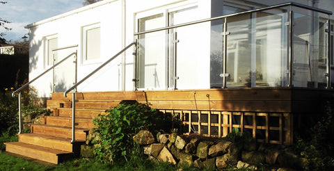 finished glass balustrade system