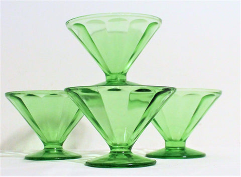 4 Perfect Vintage Green Depression Glass Sherbet Dishes