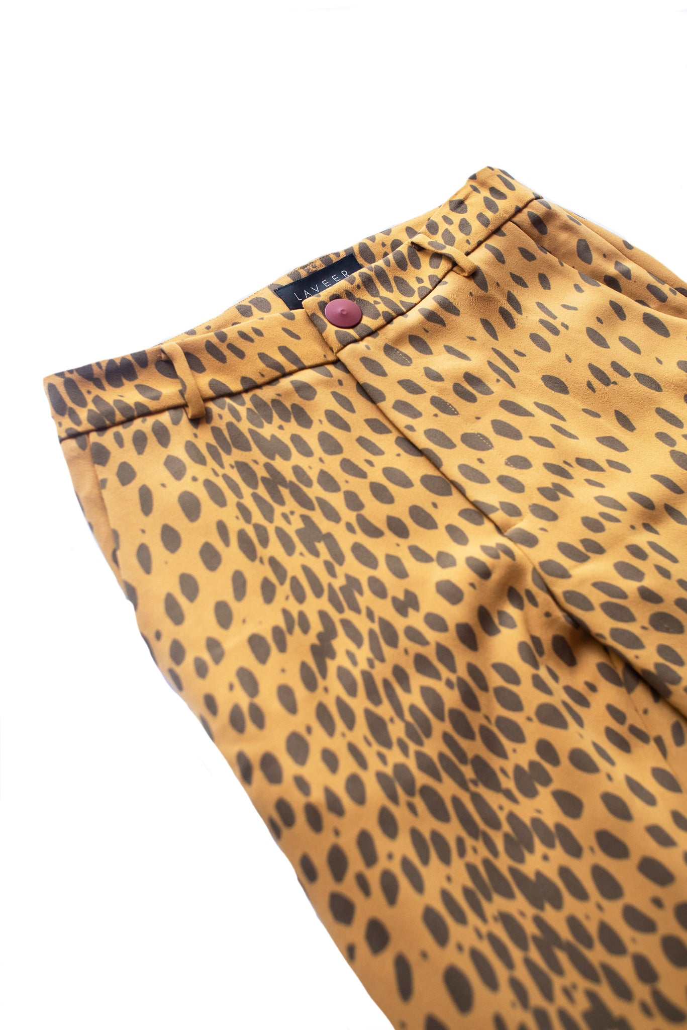 LAVEER Annie Cropped Pant in golden Leopard Print