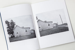 Tim Carpenter: A house and a tree / In a book whose title says it all, Tim Carpenter shares an ongoing fascination with making pictures of one house and one tree.