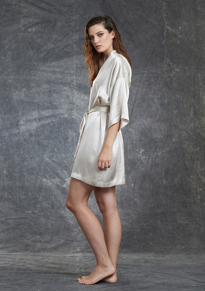 Grace Short Robe
