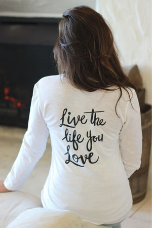 PEACE LOVE SNOWFLAKES White Henley
