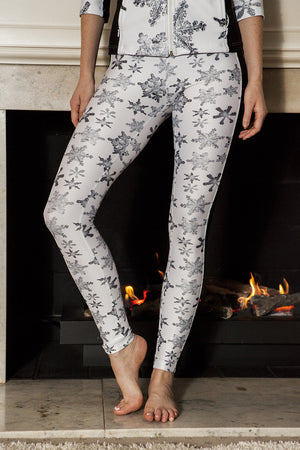 """Winter Snowstorm"" Performance Leggings"