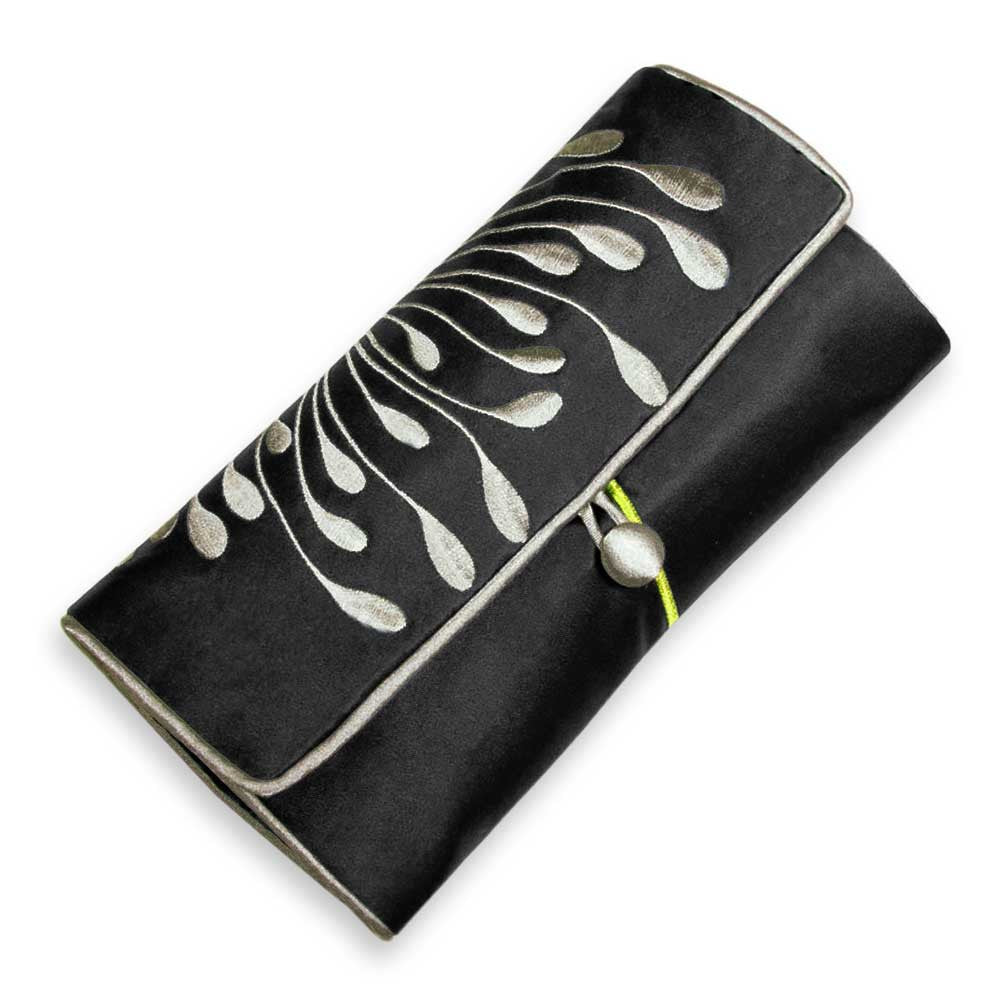 Jewelry Roll Clutch - Embroidered Chrysanthemum (black)