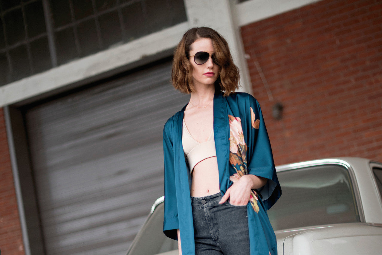 Street style.  Retro vintage inspired kimono robe. Luxe kimono wrap and silk robe coat paired with T-shirt & jeans. // OldShanghaiOnline.com
