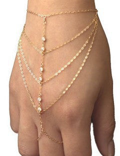 Chains and stones finger bracelet