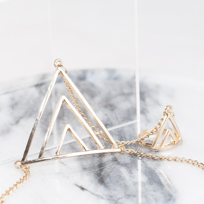 Triangle gold finger bracelet
