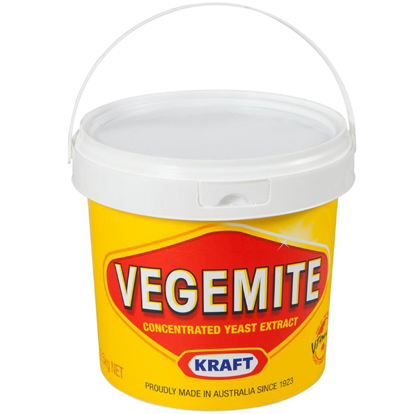 kraft food vegemite The kraft foods website states that vegemite doesn't contain artificial flavors, colors or added sugar however, the ingredients listed on the label include  colour 150c , which is a caramel coloring additive, although it may be derived from natural sources.