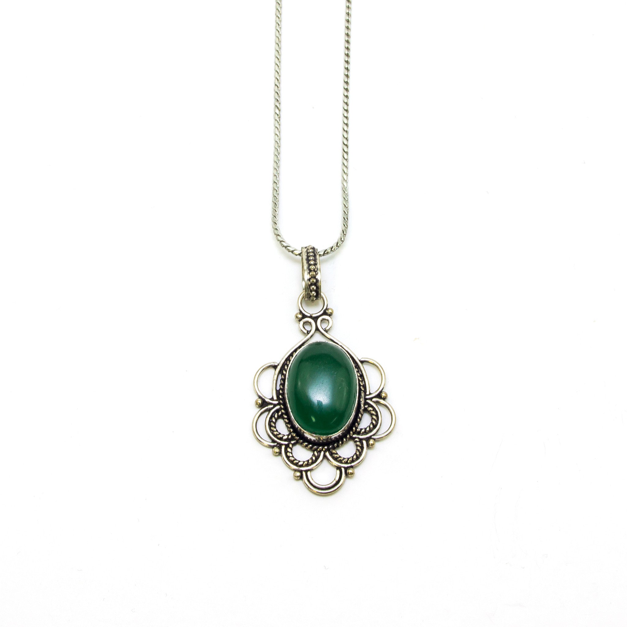 pendant regal emerald and stone overview diamond