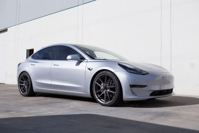 FC10 20x9 / 20x10.5 Aggressive Stance Roto-Forged | Tesla Model 3