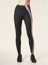 Load image into Gallery viewer, Presence Legging - Black