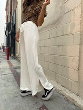 Load image into Gallery viewer, Bianca Rib Pant - Ivory