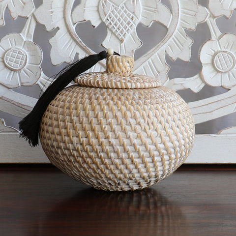 Baskets, rattan with tassels