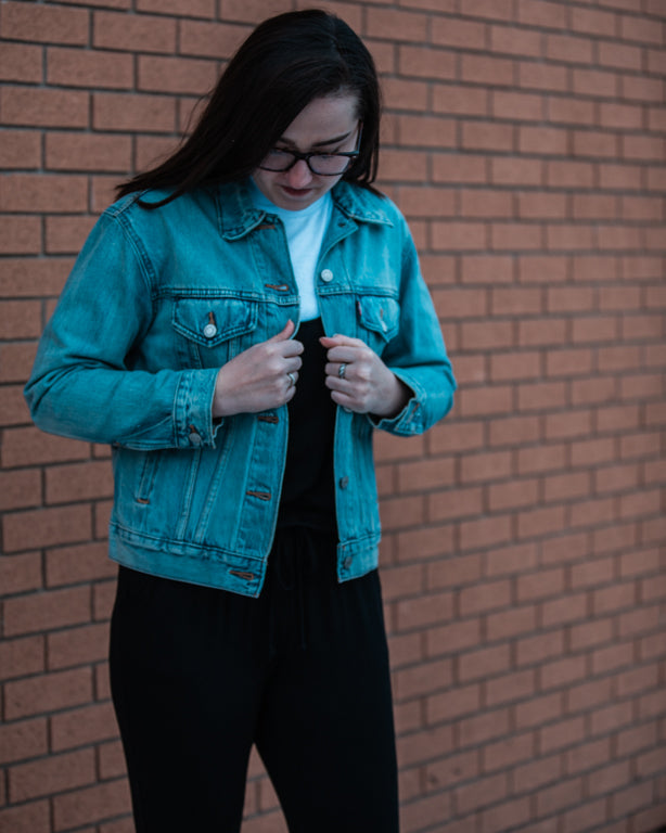 Smash & Tess Romper, Chaser, Levi's Trucker Jacket Regina Saskatchewan fashion style streetwear fashion blogger