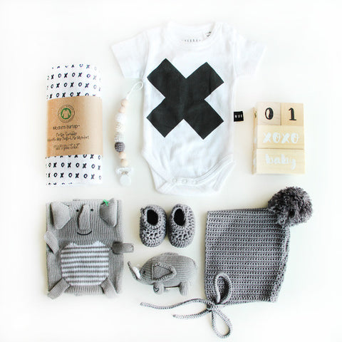 KNITS FOR bébé - Luxury Essential Gift Bundle - Elephant